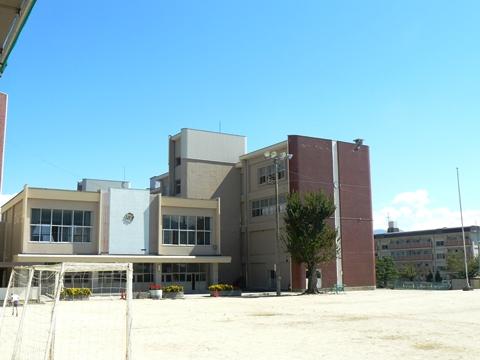 飯田市立丸山小学校